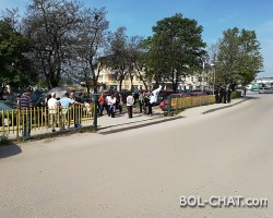 Quiet protests of the disenfranchised workers of fortune Gracanica